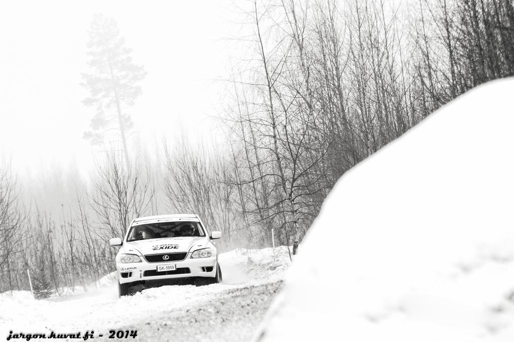IMAGE: http://jargon.kuvat.fi/kuvat/Moottoriurheilu/Best+of+2014/IMG_3608.jpg/_full.jpg