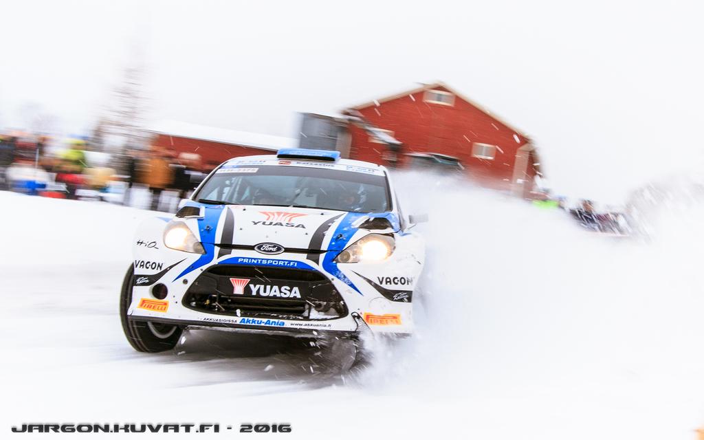 IMAGE: http://jargon.kuvat.fi/kuvat/Moottoriurheilu/SM%20Vaakuna%20Ralli%202016/IMG_8805.jpg/_full.jpg