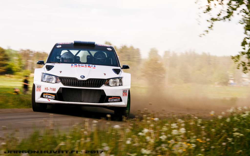 IMAGE: https://jargon.kuvat.fi/kuvat/Moottoriurheilu/Toivakka-ralli%202017/IMG_0807.JPG?img=full